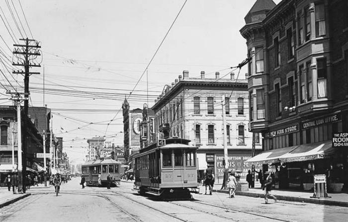 san-diego-streetcar2